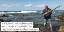 Sabia cruciata descoperita in largul coastei israeliene