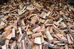 In zonele rurale incalzirea cu lemne este dominanta